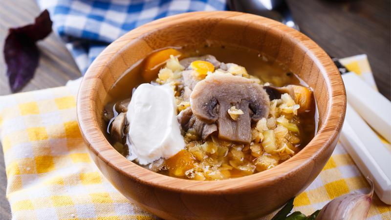 Ricetta Lenticchie E Funghi.Minestra Di Lenticchie E Funghi Oleificio Punzo